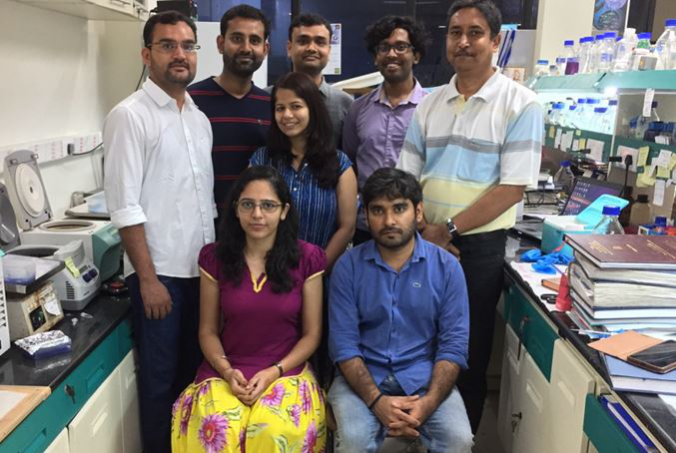 Prof Suman Dhar (extreme right) with research team