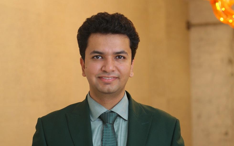 Dr. Saurabh Arora1